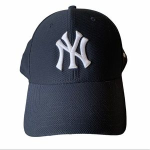 New York Yankees Hat - Under Armour   MLB